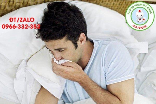 buồn nôn có phải biểu hiện của viêm tinh hoàn
