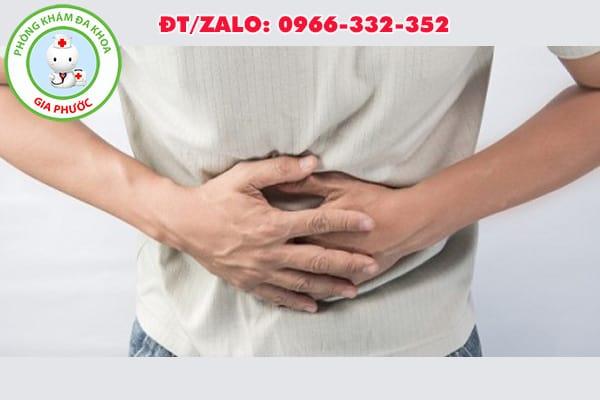 đau bụng do đau tinh hoàn cấp tính