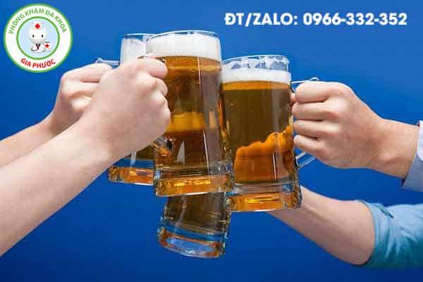 sử dụng nhiều rượu bia và thuốc lá