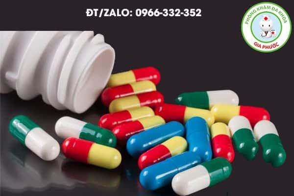 sử dụng thuốc kháng viêm điều trị viêm tinh hoàn