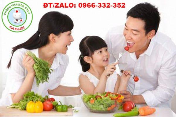 ăn nhiều rau cải có chất xơ