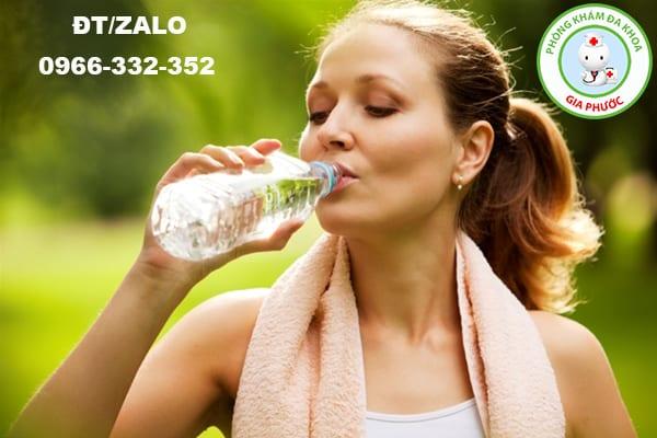 tăng cường thể thao và uống nhiều nước