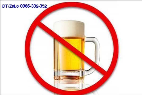 Kiêng uống rượu bia trong thời gian dương vật bị đau rát